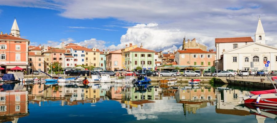 izola-slovenia-scenic-harbour-coloured-houses