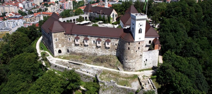 ljubljaa-castle-primoz-hieng-3